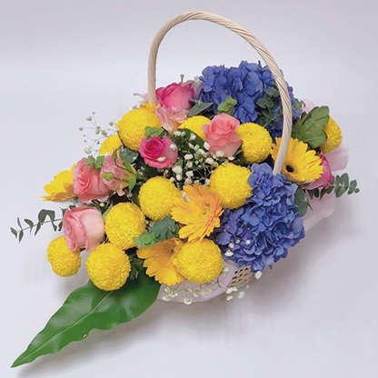 กระเช้าดอกไม้โทนสีเหลือง น้ำเงิน