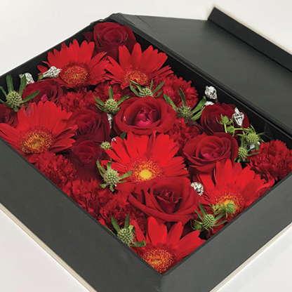 กล่องดอกไม้ Scarlett
