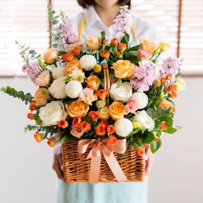 กระเช้าดอกไม้ให้คนรัก
