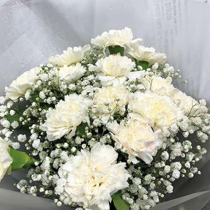 ช่อดอกไม้วาเลนไทน์ - ดอกคาร์เนชั่นสีขาวบริสุทธิ์